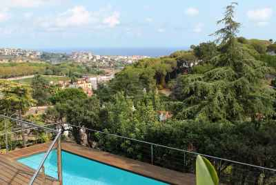 Wonderful villa with a swimming pool at Costa Maresme, not far from Barcelona